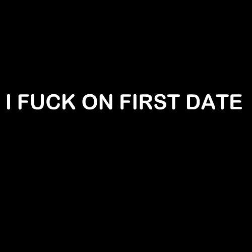 Smešna majica i fuck on first date